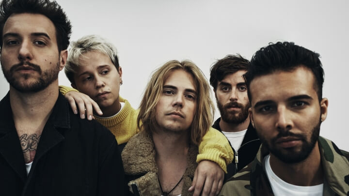Nothing But Thieves 2018